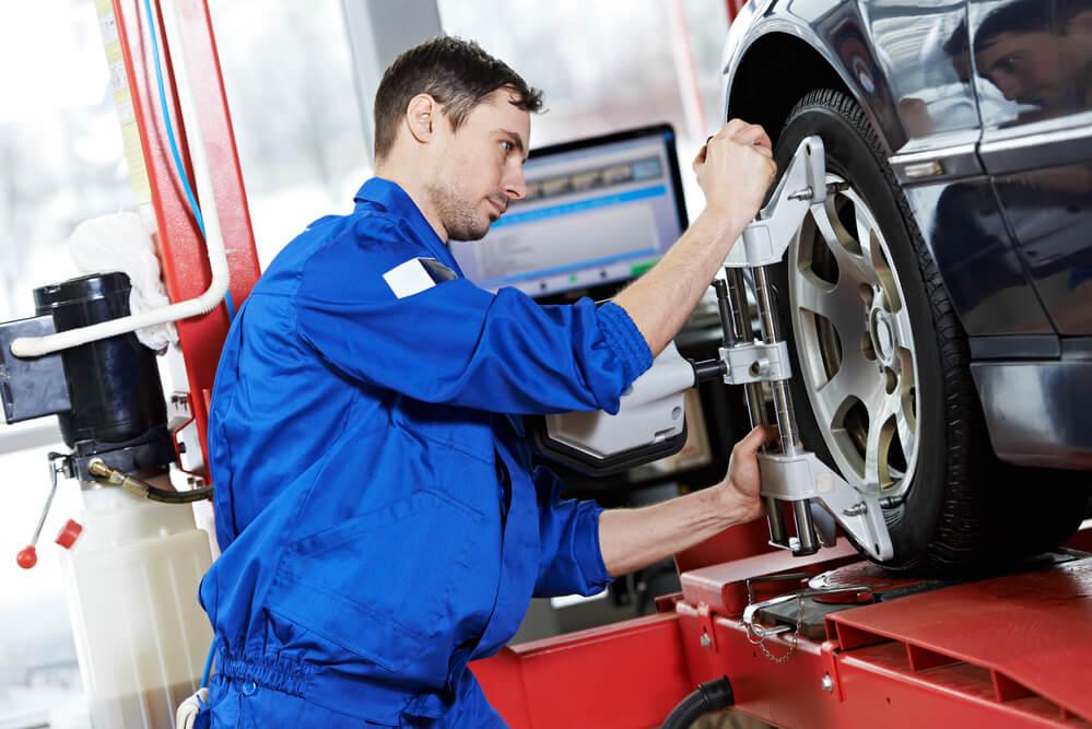 4-coisas-que-voce-precisa-saber-sobre-mecanico-de-automoveis.jpeg