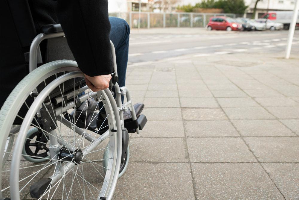 quais-as-restricoes-em-mobilidade-urbana-para-cadeirantes.jpeg