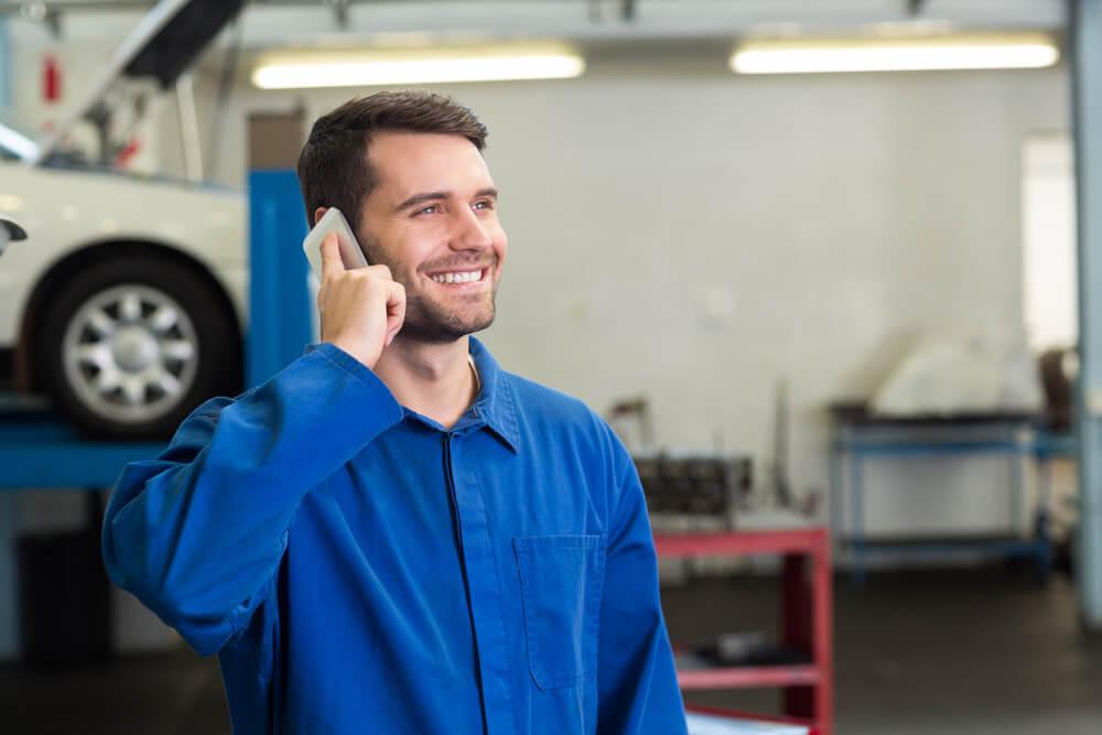 saiba-como-treinar-os-mecanicos-da-oficina-para-melhorar-o-atendimento-ao-cliente.jpeg